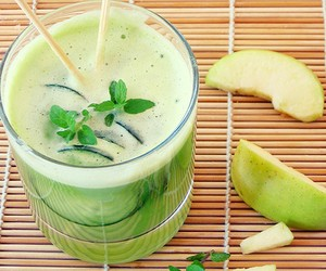 Apple, Mint & Cucumber Cooler
