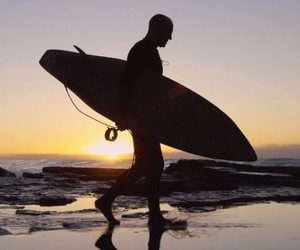 """""""Home"""" - A Movie About Surfers & Vans"""