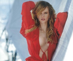 Anne Vyalitsyna by Gilles Bensimon for Maxim