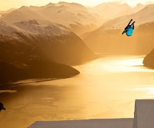 The Art of Skiing (ExtremeSports HD Video)