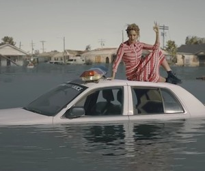 "Beyoncé – ""Formation"" (New Video)"
