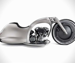 Akrapovic Full Moon Motrcycle