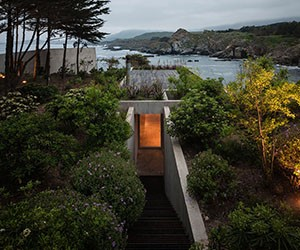 Hidden Painters Studio on Chile's Pacific Coast