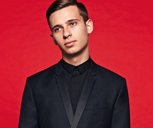 FLUME – NEVER BE LIKE YOU (DISCLOSURE REMIX)