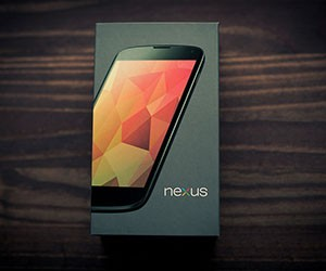 Google Nexus 4 - Top Android Phone of 2013
