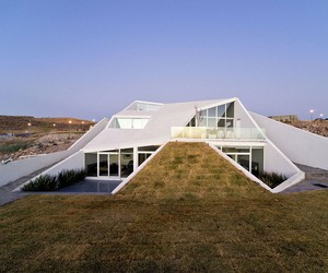 House in Chihuahua by PRODUCTORA