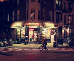 Light On – Photographs of New York City by Night