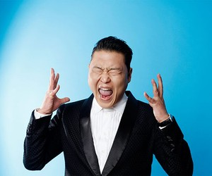 Psy Issues Apology for 2004 Anti-American Lyrics