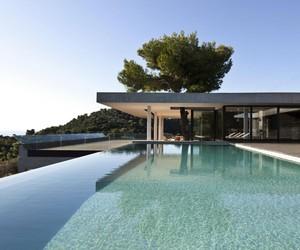 PLANE HOUSE BY K STUDIO