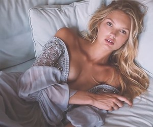 Video: Romee Strijd for Maxim
