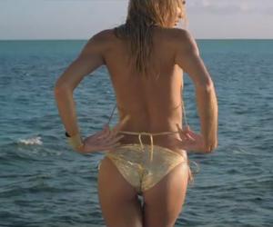 VS Swim 2012: Candice Swanepoel Sexy Tease