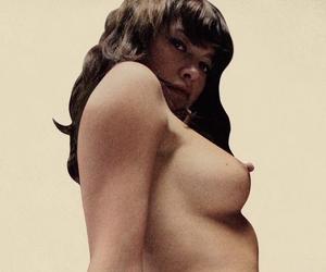 "Video: Jamie Hewlett on ""Honey"""