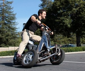 Sway Motorsports Electric Scooter