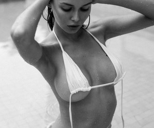 """""""Villa of Dreams"""" – Model Angelina Boyko in Bali"""