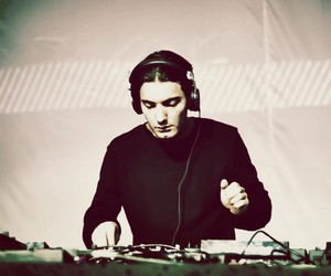 Preview: Alesso - Years (Vocal Mix)