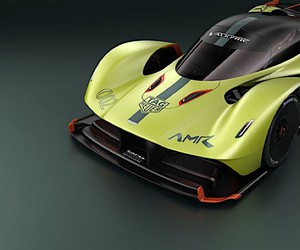 Aston Martin with a racing version of the Valkyrie