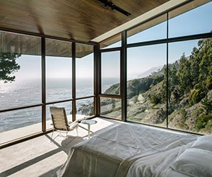 Buck Creek House on California's Big Sur Coast