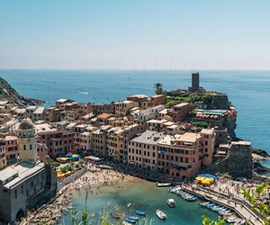 Casper Rolsted visits Cinque Terre in time-lapse