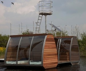 Cool Floating Eco Lodge Space