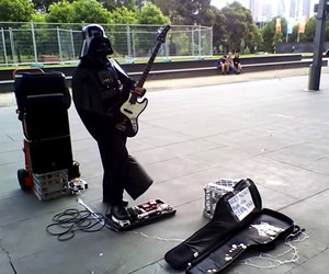 Just listen to a Darth Vader with guitar in Melbou