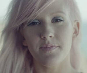 Ellie Goulding Releases Inner Hipster In New Video