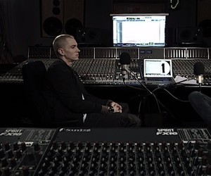 Eminem Interview @ Abbey Road Studios for BBC 1