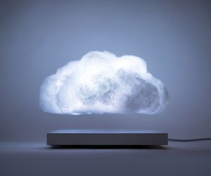 Floating Cloud Lamp
