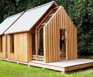 Caspar Schols is built a flexible garden house