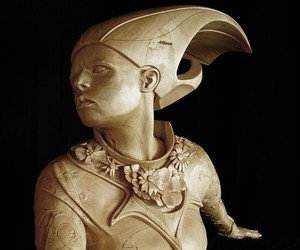 Stefanie Rocknak's Figurative Wooden Sculptures