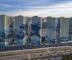 """Moscow skyscrapers become """"breakwaters"""" MURAL"""