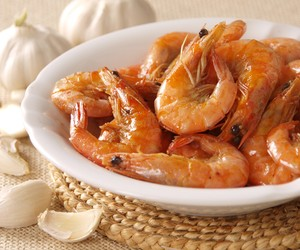 Halabos na Hipon - Shrimps cooked in Lemonade Soda