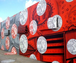 Streetart: How and Nosm Mural in Miami