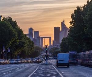 J'adore Paris – Hyper Fast Timelapse Portrait
