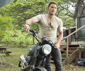 First Trailer for Jurassic World
