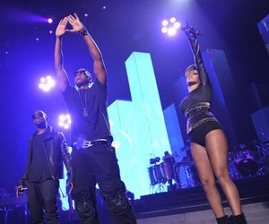 Rihanna feat. Jay-Z - Run this town @New Jersey