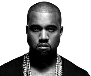 "KANYE WEST: NEW SONG ""ALL DAY"" AT BRIT AWARDS"