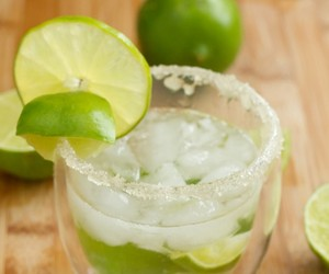 Caipiroska Rhymes with Summer Nights