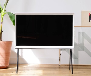 SERIF TV BY RONAN AND ERWAN BOUROULLEC