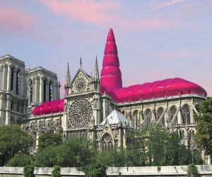 Gap? Giant inflatable roof for Notre Dame