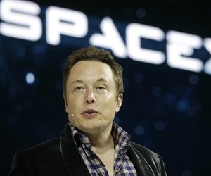 Google Invests in Elon Musk's SpaceX