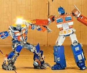 Prime vs Prime - a stop motion fight