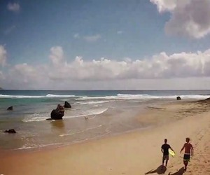 Surfing in Ponta do Ouro // Mozambique